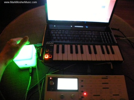 markmoshermusic_couch_audiocube_lpk25