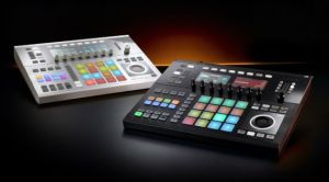 NI_Maschine_Studio_Black_White